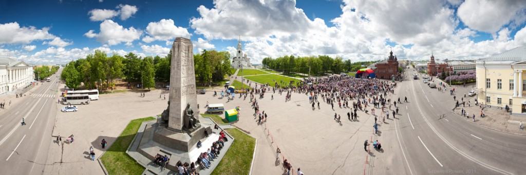 Город Владимир. Соборная площадь. Фотограф - Роман Баринов