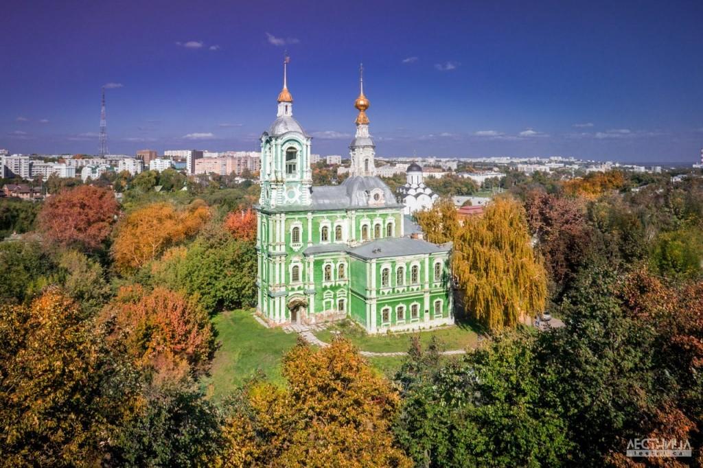 Никитская церковь. Владимир. Фотография от проекта lestni.ca